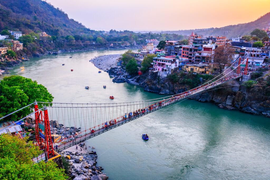 Bridge spanning the River Ganges