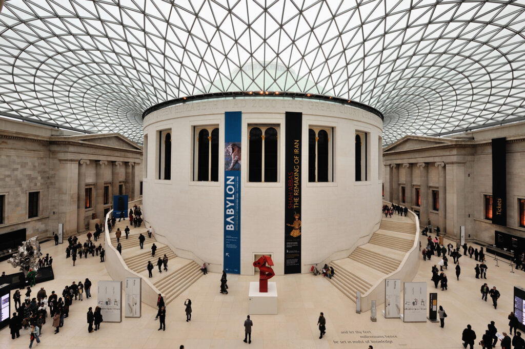 Top 10 Most Visited Museums in the World 6