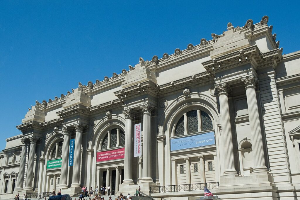 Top 10 Most Visited Museums in the World 4