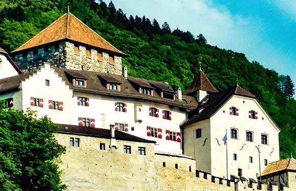 Municipalities of Liechtenstein 8