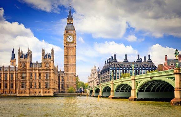 10 Reasons to Visit England 1