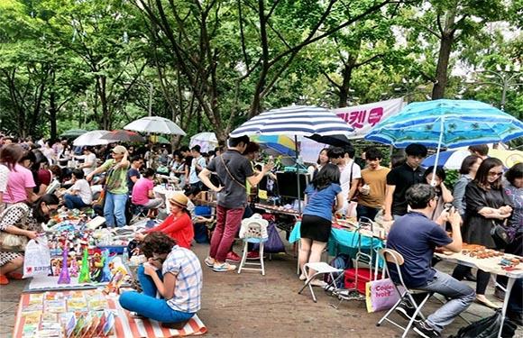 Hongdae Art Market