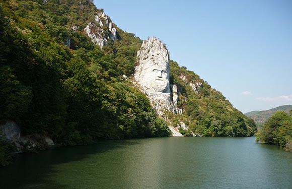 10 Reasons to Visit Romania 3