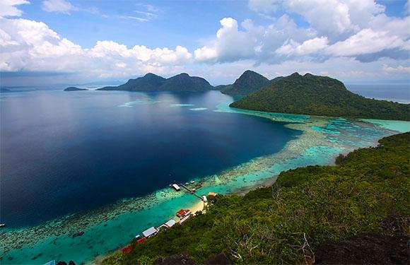 10 Reasons to Visit Malaysia 1