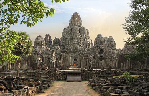 10 Reasons to Visit Cambodia 1
